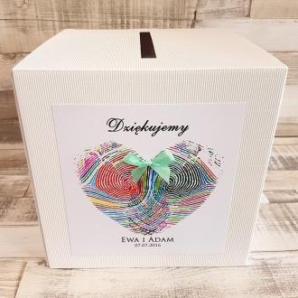 Pudełko na koperty i prezenty z Motywem Odcisków Palców w Kształcie Serca i Tasiemką w Kolorze Miętowym WP18