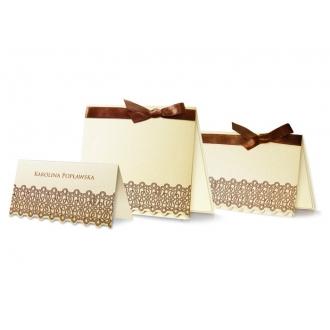 Zestaw zaproszeń ślubnych składający się z zaproszenia ślubnego i winietki na stół Ivory