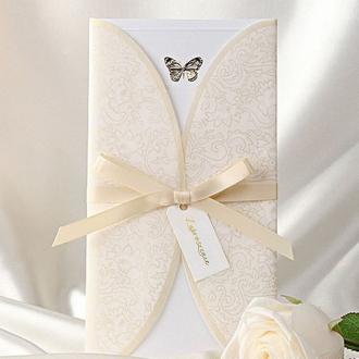 Zaproszenia Ślubne Ozdobione Złotym Ornamentem TB8002