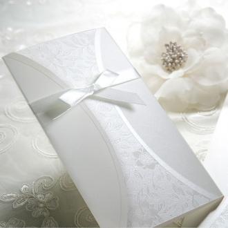 Zaproszenia z Delikatnym Ornamentem Kwiatowym TB9010