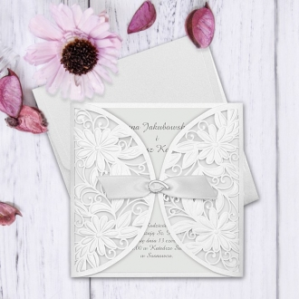 Zaproszenie Ślubne w Kolorze Perłowym z Motywem Kwiatowym F3690