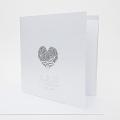 zaproszenie-slubne-w-kolorze-bialym-z-trojwymiarowym-srebrnym-sercem-f1428tb