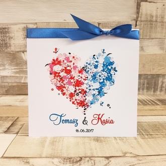 Zaproszenie Ślubne z Motywem Kwiatowego Serca Dwukolorowego i Niebieską Tasiemką WZ15