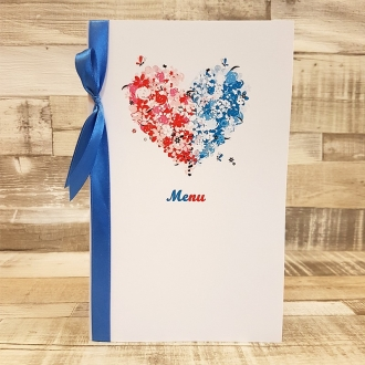 Menu Weselne z Motywem Kwiatowego Serca Dwukolorowego i Niebieską Tasiemką WM15