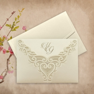 Zaproszenie Ślubne w Kolorze Ecru z Koronkowym Ornamentem F3698