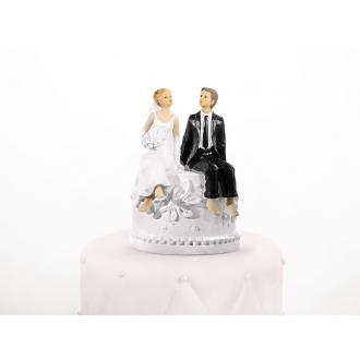 Figurka Na Tort Weselny Para Młoda Siedząca na Skarbonce